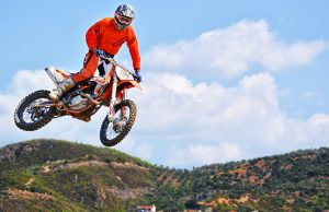 dirt bike riding tips jumping