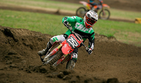 how to ride a dirt bike full beginners guide