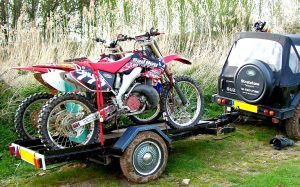 how to transport a dirt bike trailer