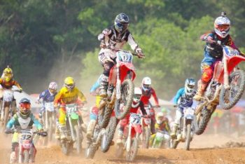 motocross vs enduro racing