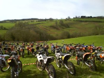 motocross vs enduro sport